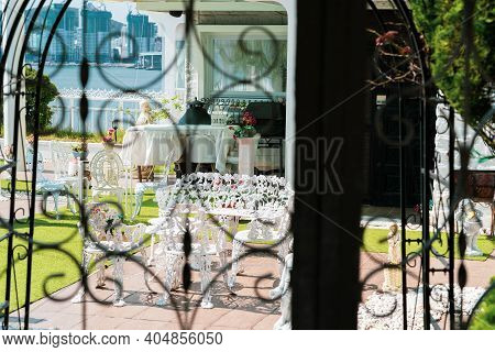 Busan,south Korea-october 2020: House With White Antique Chair And Table At The Front Yard Garden. V