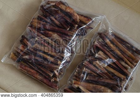 Packs Of The Dried Bovine Penis For Pets. Natural Healthy Chewable Treats For Tartar Removal. Premiu