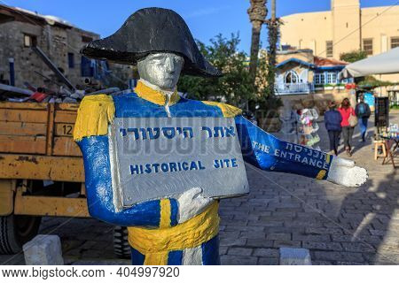 Tel Aviv, Israel - December 28, 2015: Sculpture Of Nnapoleon Bonaparteat Welcom Visitors At The Old