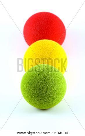 Balls In A Traffic Light Arrangement