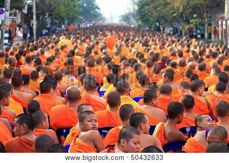 Chiang Mai monk gathering
