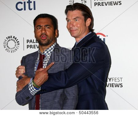 LOS ANGELES - SEP 6:  Kal Penn, Jerry O'Connell at the PaleyFest Previews:  Fall TV CBS -