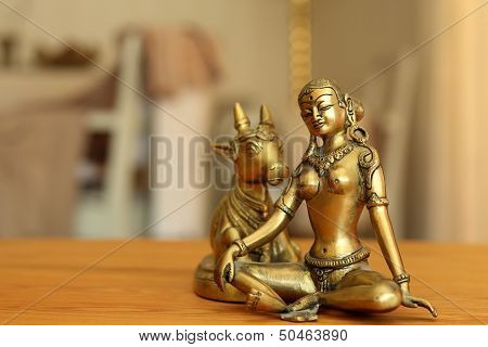 Parvati And Kow In Brass Shimmer