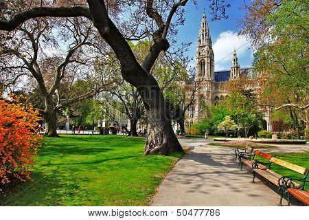 Vienna, park near city hall