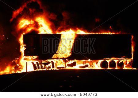 Truck_on_fire