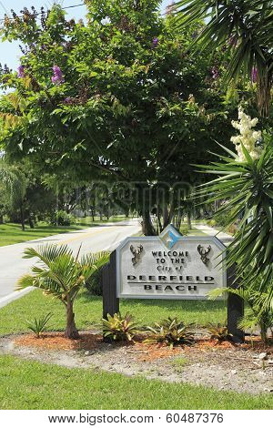 Entry Sign Into Deerfield Beach