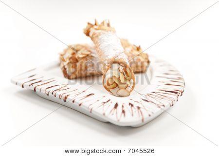 Canoli - Italian Pastry