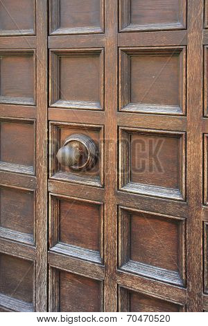 Coffered Entrance With Door Knob