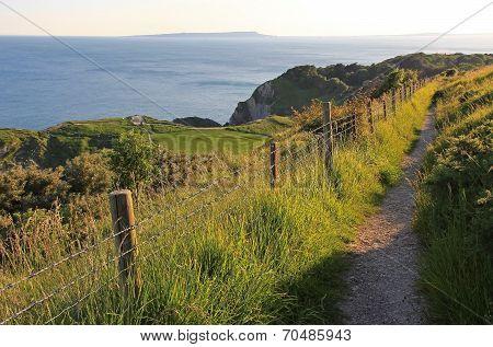 Coastal Hiking Path Dorset, Lulworth Cove
