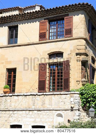 Rural Sandstone House With Wood Shutters, Provence, France