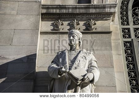 Nebrija sculpture, National Library of Madrid, Spain. architecture and art