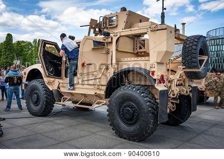 Oshkosh M-ATV Ambush Protected Off Road