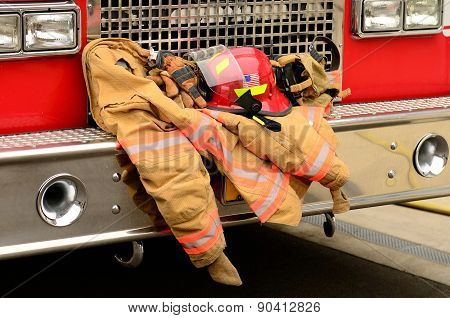 Fire fighters protective clothing