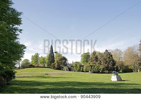 The esplanade of the Parc Montsouris, Paris garden (Paris France).
