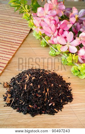 Blend Of Black Tea On A Table With Colours3.