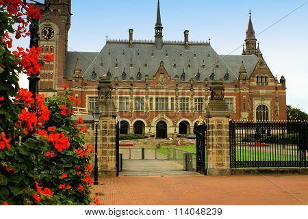 Un Peace Palace In Hague, Netherlands