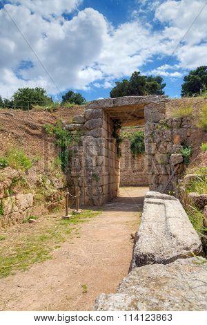 Lion Tholos tomb, Mycenae, Greece