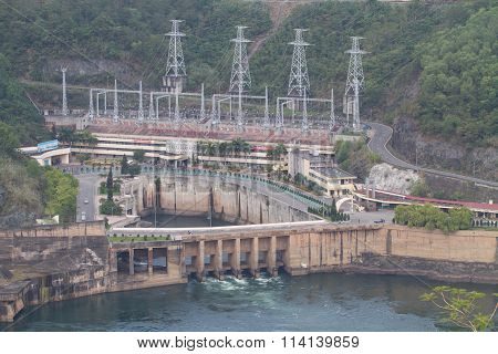 View of Hoa Binh Hydroelectricity Plant