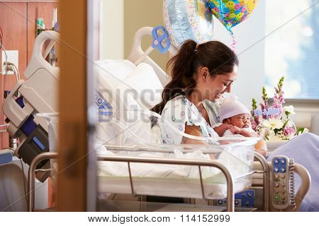 Mother With New Born Baby In Post Natal Department