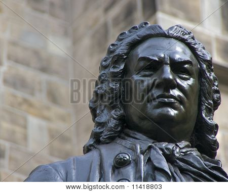 J.S. Bach statue (closeup)