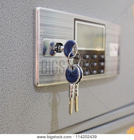 closeup deposit box with key