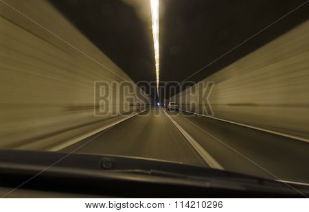 Car That Runs Speedy In A Tunnel