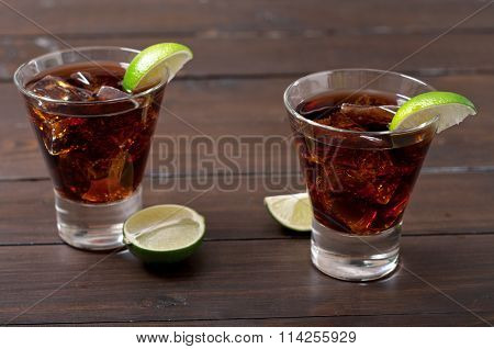 Cocktails Rum And Cola Cuba Libre With Lime And Ice