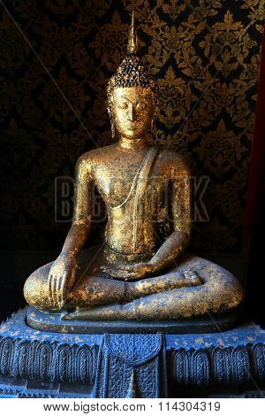 Buddha Statue, Buddha Image In Wat Intharam (wat Bang Yi Ruea Nok)