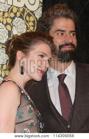 LOS ANGELES - JAN 10:  Lily Rabe, Hamish Linklater at the HBO Golden Globes After Party 2016 at the Beverly Hilton on January 10, 2016 in Beverly Hills, CA