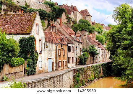 Medieval riverside houses, Semur en Auxois, Burgundy, France