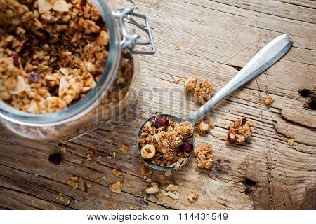 Healthy breakfast with yogurt, granola and fresh berries