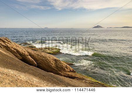 Arpoador beach stones and islands