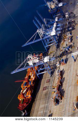 Aerial-Ship-Loading