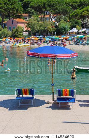 People On The Coast Tyrrhenian Sea, Sant Andreas On Elba Island, Italy
