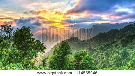 Sunrise on Yen Bai Heaven Gate