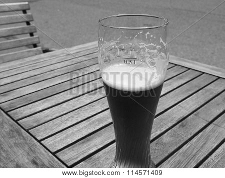 Black And White Weiss Beer