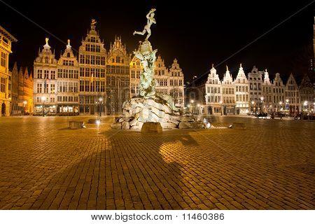 Brabo Statue Antwerp Grote Markt Night