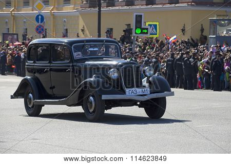 The car GAZ-M1. The parade in honor of Victory Day. St. Petersburg
