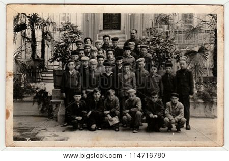 The boys class on a school trip