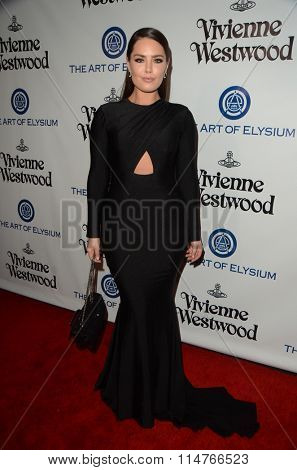 vLOS ANGELES - JAN 9:  Beau Dunn at the The Art of Elysium Ninth Annual Heaven Gala at the 3LABS on January 9, 2016 in Culver City, CA