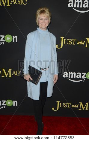 vLOS ANGELES - JAN 14:  Dee Wallace at the Just Add Magic Amazon Premiere Screening at the ArcLight Hollywood Theaters on January 14, 2016 in Los Angeles, CA