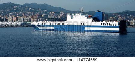 Big Roro Vessel