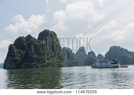 Ha Long Bay Beauty