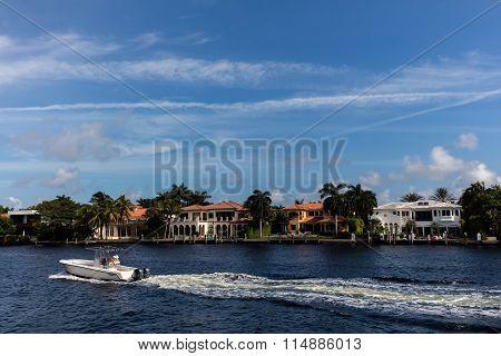 Luxury Villas In The Sunny Isles Beach