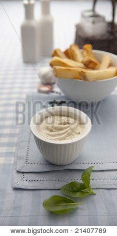 Mayonaise and fries