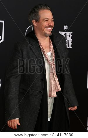 LOS ANGELES - NOV 13:  Michael Raymond-James at the World Premiere of Justice League at Dolby Theater on November 13, 2017 in Los Angeles, CA