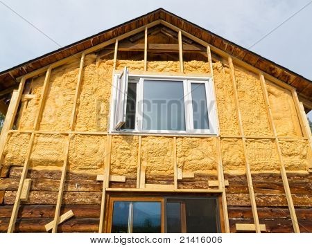 Spray foam insulation conserves energy
