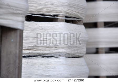 Cotton Roll Thread Wood