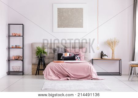 Stylish Bedroom With Metallic Design