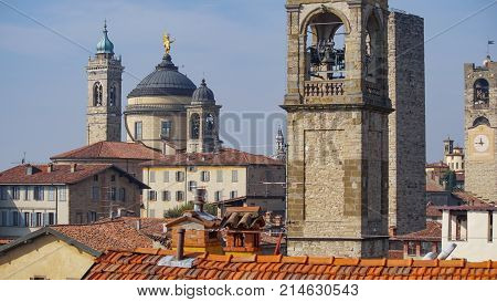 Panorama of old Bergamo, Italy. Bergamo, also called La Citt dei Mille, The City of the Thousand , is a city in Lombardy, northern Italy, about 40 km northeast of Milan